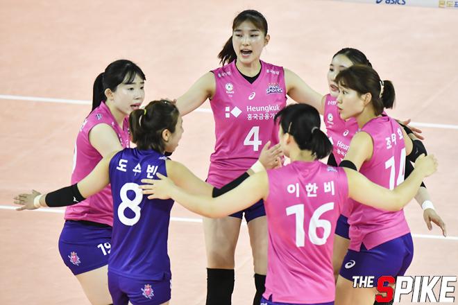 [포토화보] 흥국생명, 수원시청에 3-1로 승리